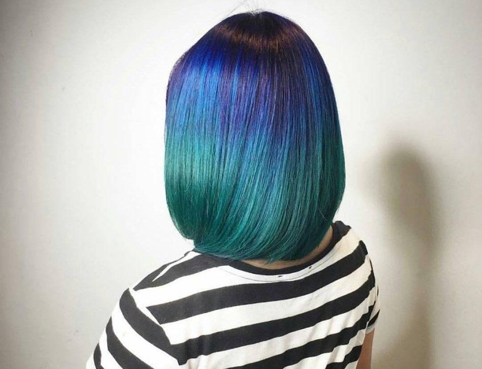 yarkoe-ombre-iz-holodnih-ottenkov Омбре на короткие волосы: варианты окрашивания, фото. Омбре окрашивание на темные короткие волосы и блонд в домашних условиях: фото