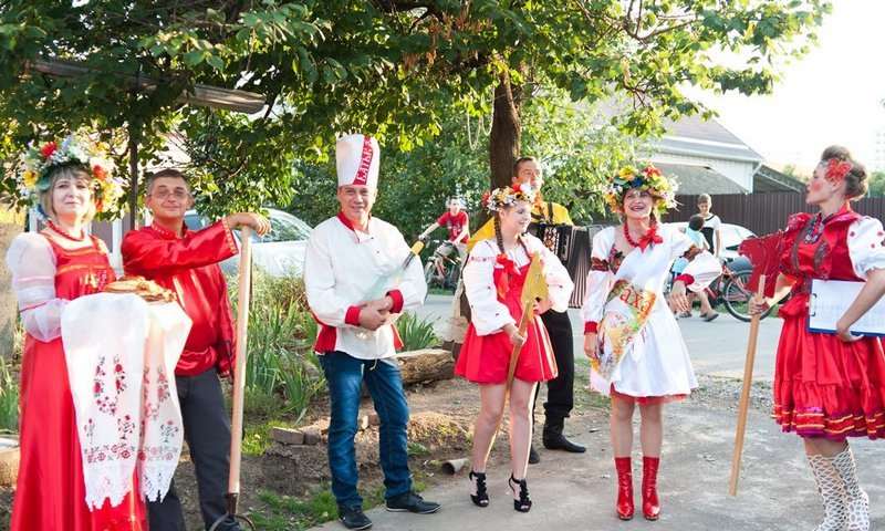 италии картинка на сватовство со стороны невесты суете