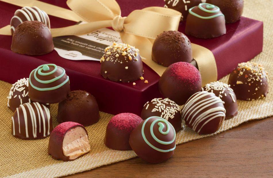 Получить в подарок конфеты - к пленительной, но рискованной радости.