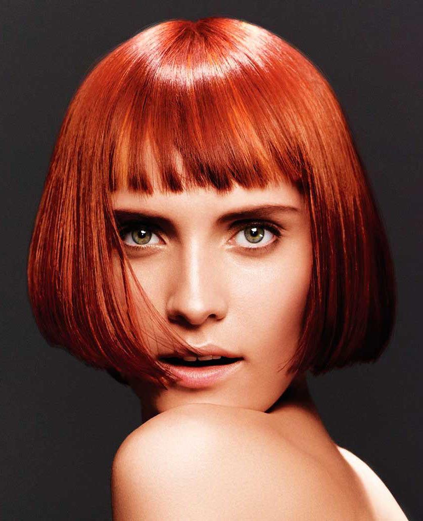 Мелирование выглядит довольно естественно даже на ярком цвете волос