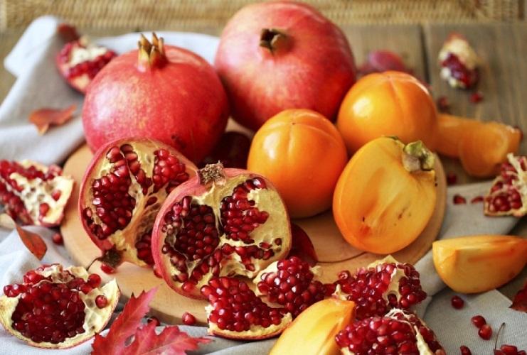 А вот эти фрукты уберегут от диареи