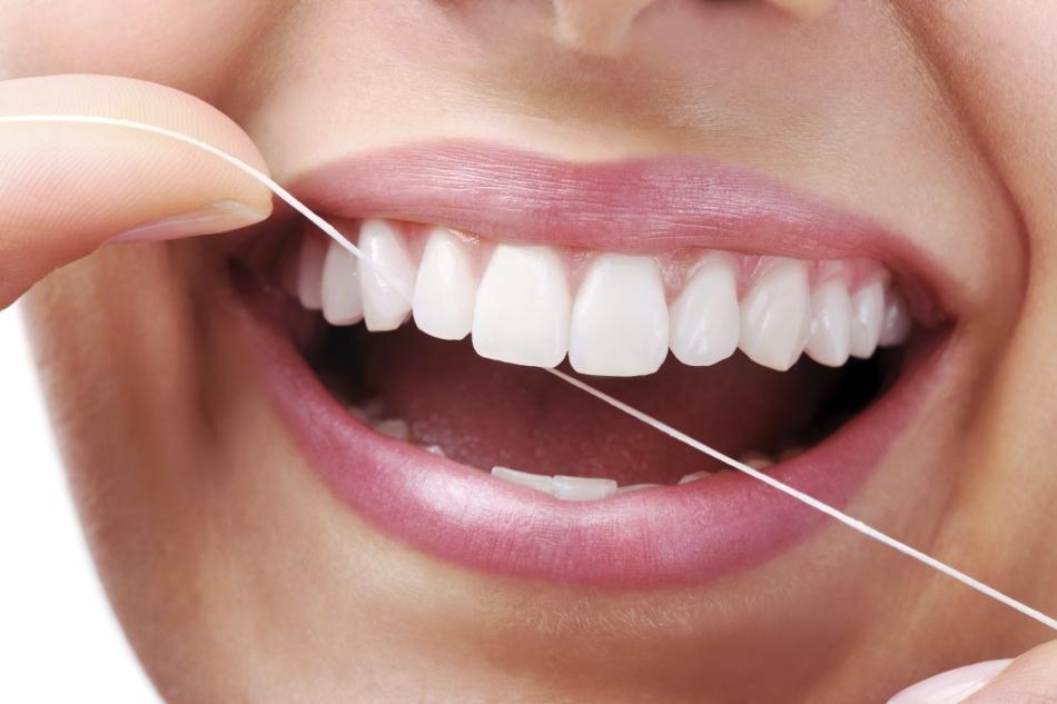 Чистка зубов после каждого приема пищи