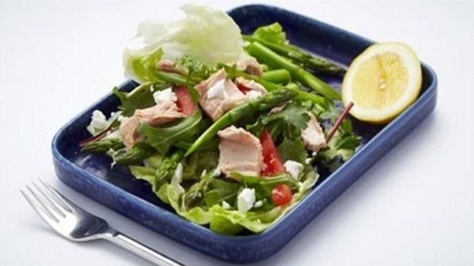 С салатным миксом