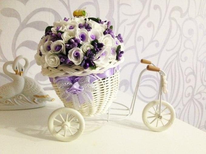 buket---ukrashenie-interera Цветы из фоамирана своими руками 75 фото для начинающих