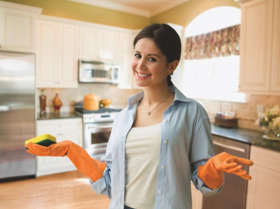 Как устранить пятна зеленки с мебели?