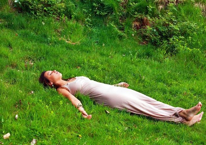 Чаще давайте себе отдохнуть, особенно на свежем воздухе и в гармонии с природой