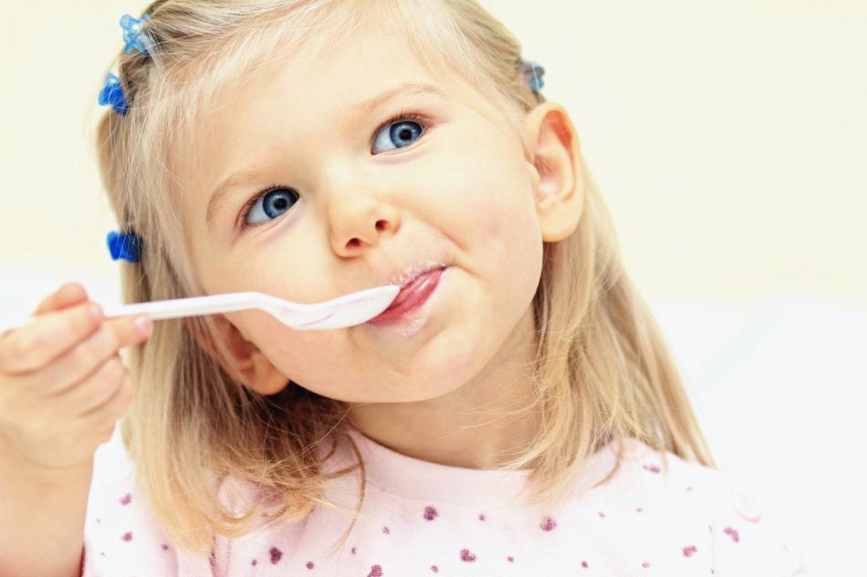 При диарее нужно исключить из рациона питания ребенка некоторые продукты