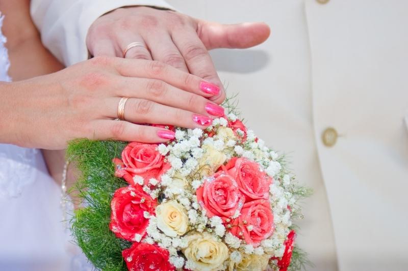 Мечты, картинки свадебные букеты в руках