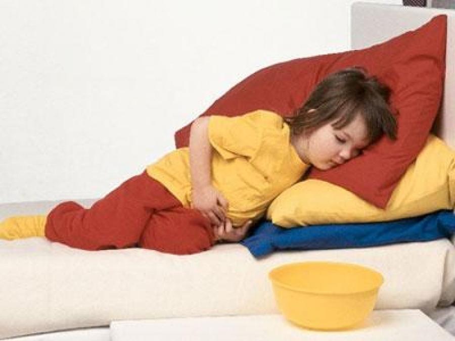 Диарея, сопровождающаяся рвотой, наиболее опасна для ребенка