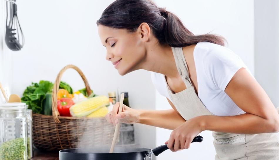Правильное питание при болях в груди перед месячными
