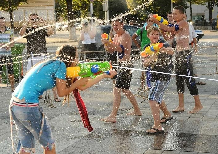 Водные войны увлекут и взрослых, и детей любых возрастов
