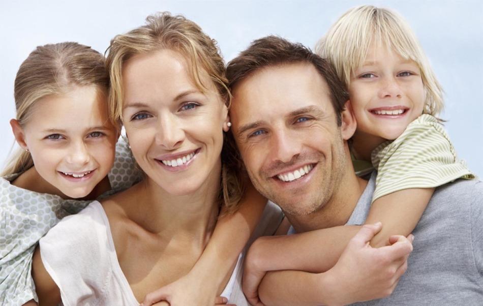 Счастливая и здоровая семья