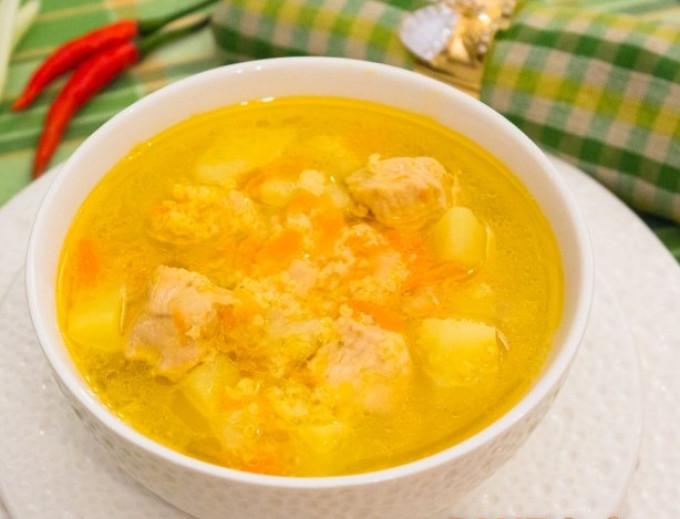 b53d55b1d5f3f42a675504d919d801b1 Рыбный суп: вкусные рецепты из хека, семги, скумбрии, форели, сайры. Рецепт вкусного рыбного супа с томатами, пшеном, сливками, плавленным сыром