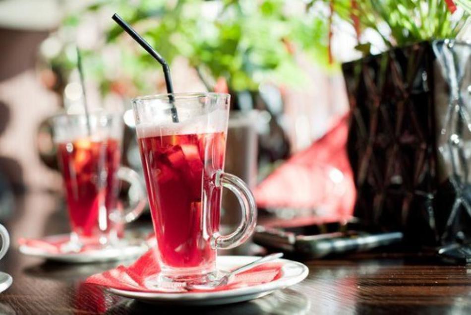 Алкогольный глинтвейн по-болгарски с перцем
