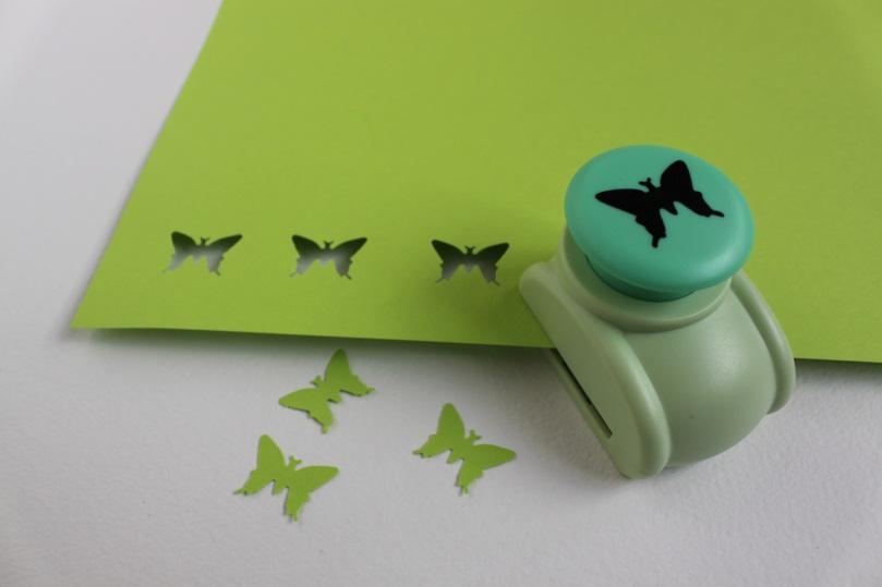 figurnii-dirokol---babochka Аппликации из цветной бумаги шаблоны распечатать для детей 2-3, 4-5, 6-7 лет. Фото. тема осень, зима, весна