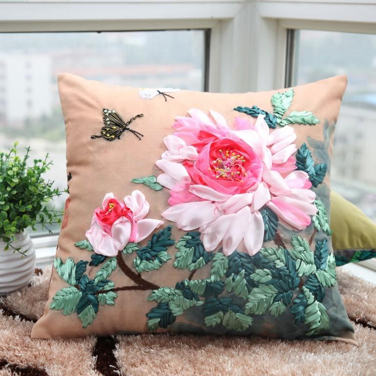 b9deda28037cdf6d2e584fa0505f4945 Декоративные подушки для интерьера своими руками