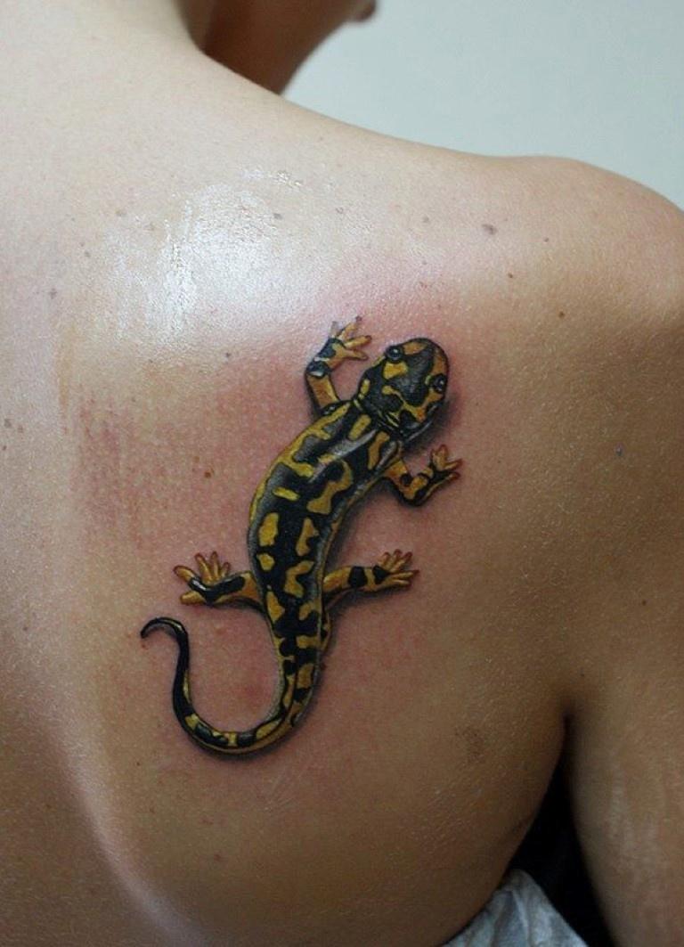 salamandra-tatu-ukrasit-muzhchin-privikshih-oderzhivat-pobedu.jpg