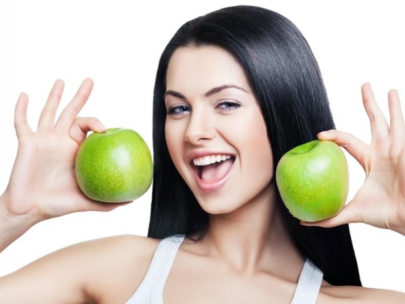 Яблочная диета {amp}quot;чистит{amp}quot; организм