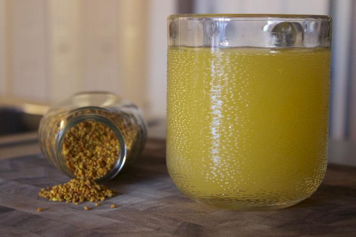Пчелиная обножка и мед помогают в комплексном лечении бесплодия.