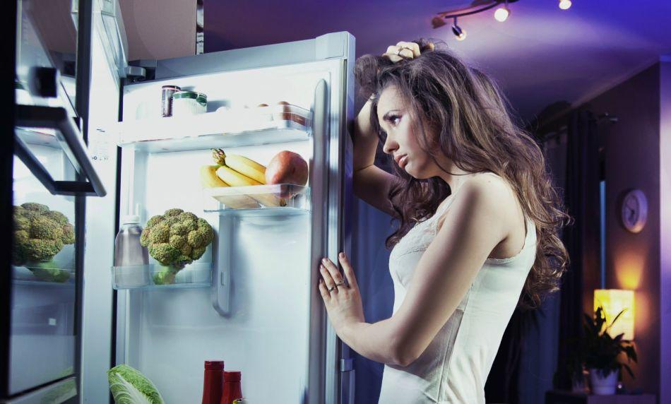 Кушать нужно за 2-3 часа до сна