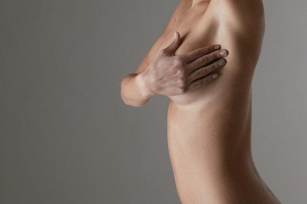 Болит подмышка у женщин