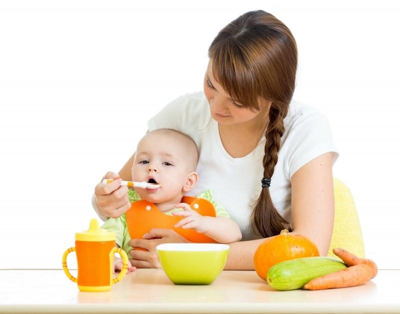 Кабачок дают малышам в возрасте 4-6 месяцев.