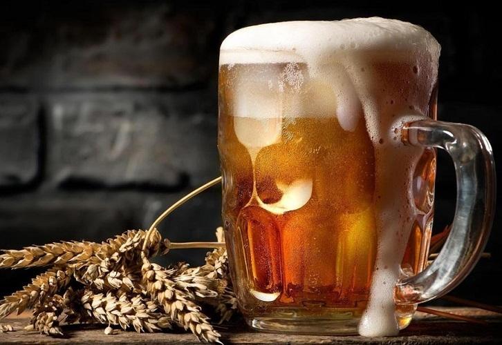Алкогольное и безалкогольное пиво полезно только в умеренных дозах