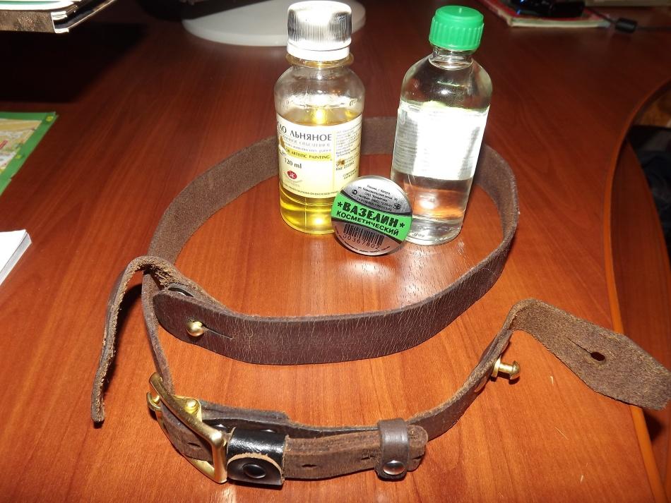 Один из вариантов размягчения кожи на ремне - с вазелином