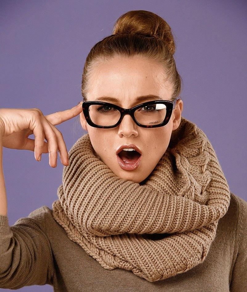 Как связать круговой шарф спицами?