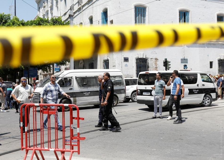 Чем опасен тунис?