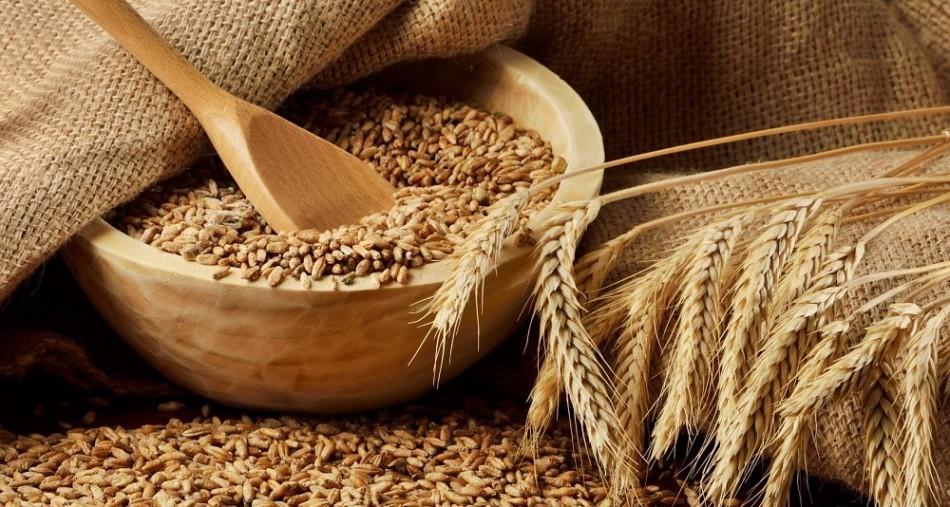 С какого возраста можно давать ребенку и как вкусно приготовить на молоке и воде для детей пшеничную кашу?