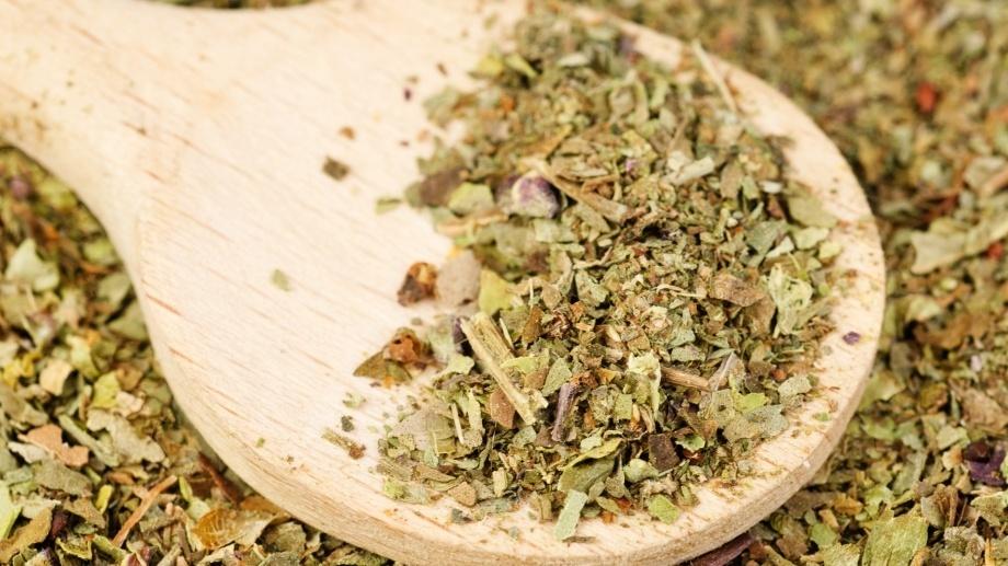Лечение травами при стоматите