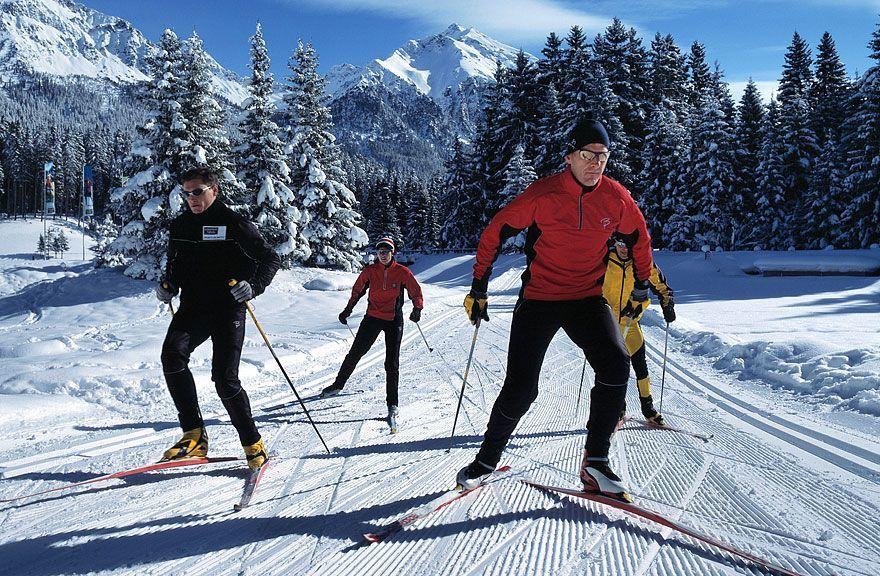 грудь картинки или фото на лыжах черкасова скрывает своих