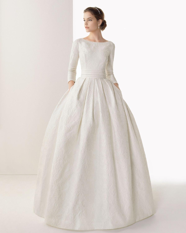 Красивое белое, длинное платье