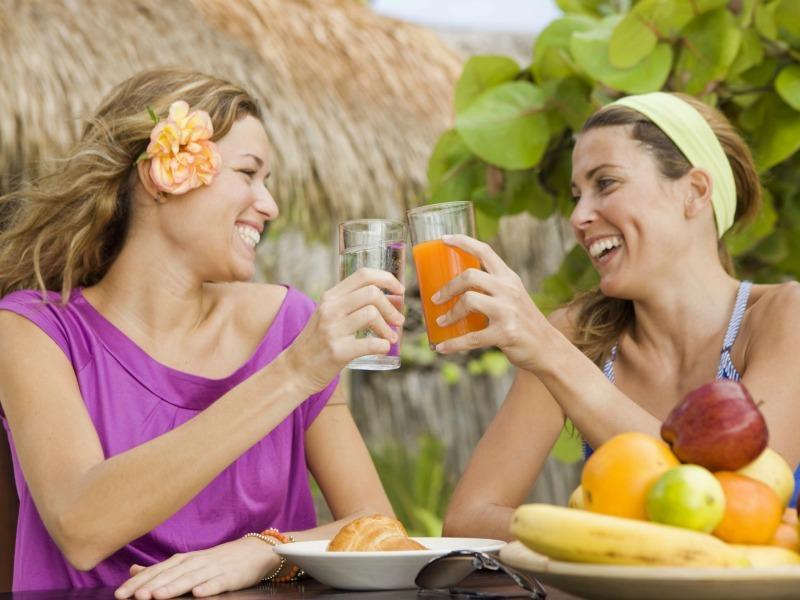 Свежевыжатый сок - основа здорового образа жизни