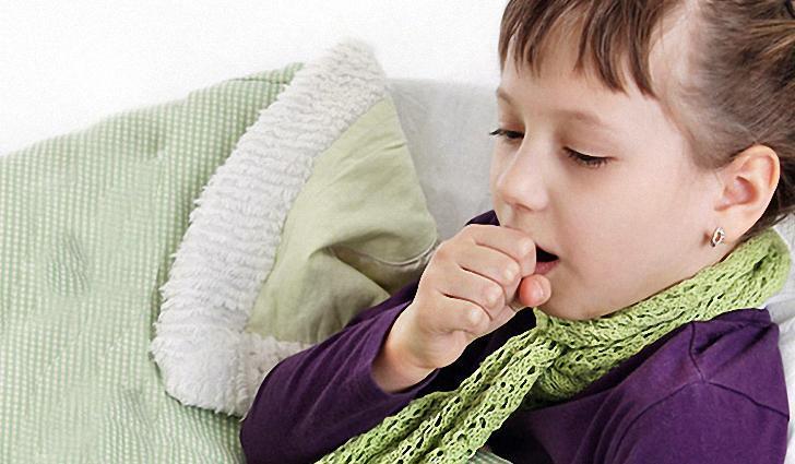 Чаще всего причиной влажного кашля у детей является какая-либо болезнь респираторной системы.