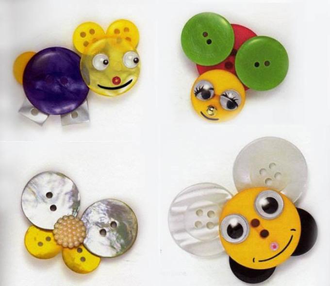 zhuchki-iz-pugovic Аппликации из цветной бумаги шаблоны распечатать для детей 2-3, 4-5, 6-7 лет. Фото. тема осень, зима, весна