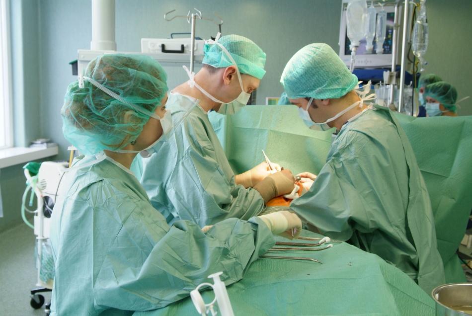 Операции по увеличению губ