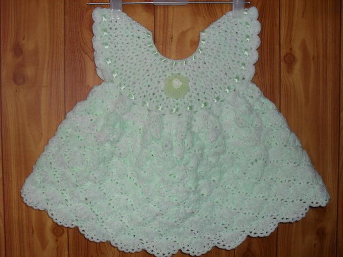 cd4a0d8afd13c7256fc5e2626e21a6c3 Вязаное платье для девочки 2 года: схемы