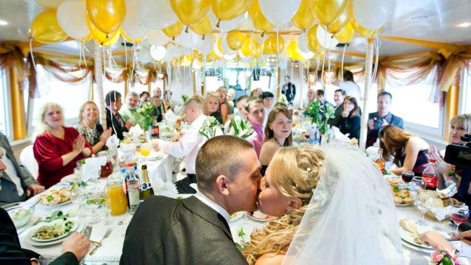 Смешные и трогательные поздравления на свадьбу
