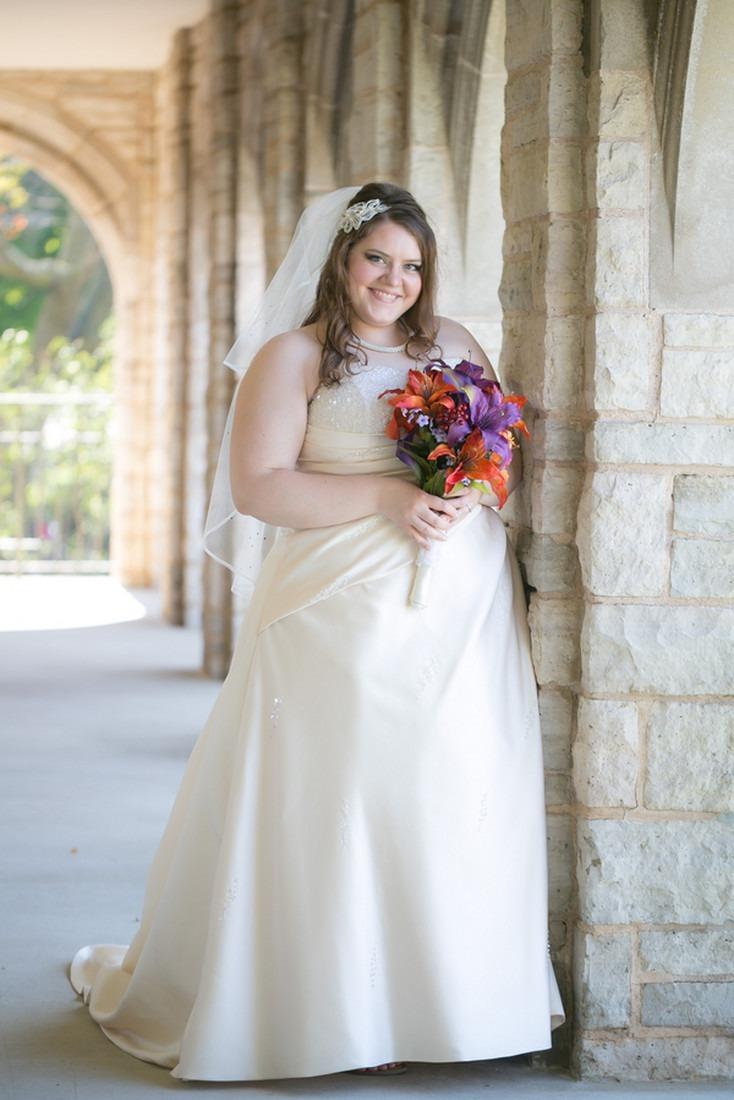 Платье на процессию венчания для полной невесты