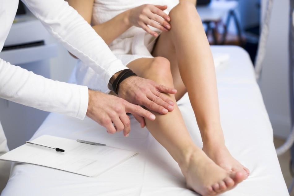 Сосудистый хирург - флеболог проведет детальную диагностику заболевания
