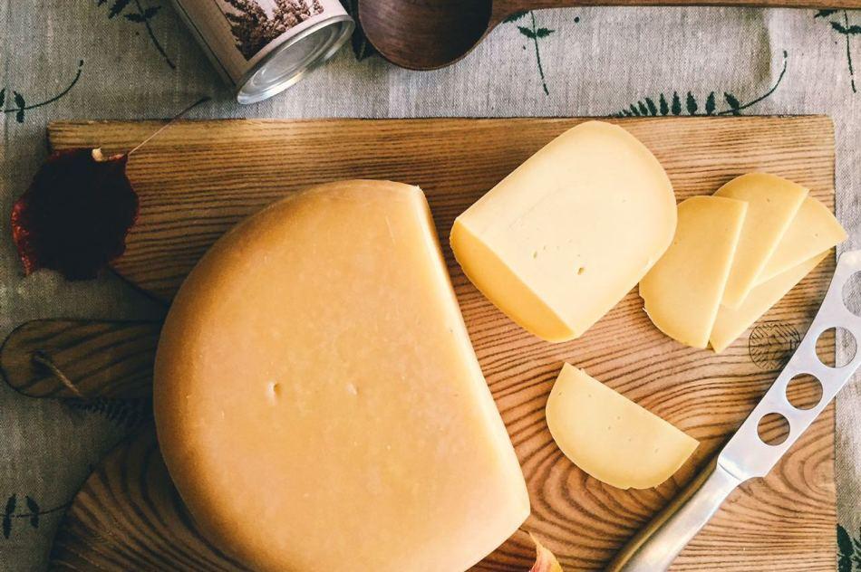 Сырная диета: похудение с помощью сыра за 3 дня, меню с вином.
