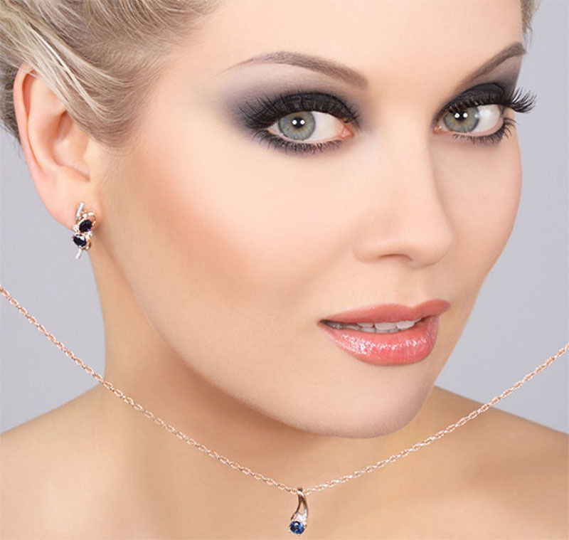 Роскошный макияж для серо-голубых глаз