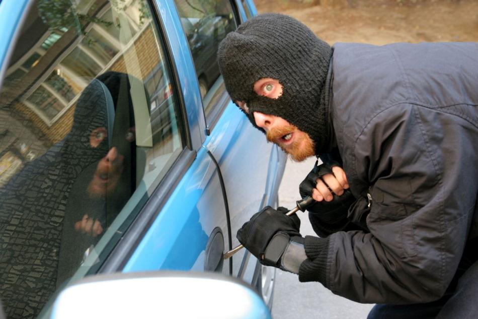 Если во сне у вас угнали машину - ждите неприятностей