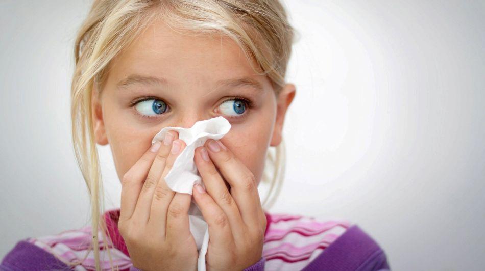 Носовые кровотечения - одно из осложнений коклюша