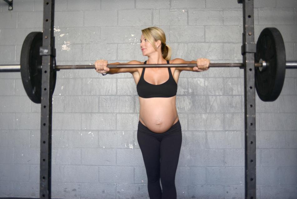Можно ли беременным поднимать тяжести?