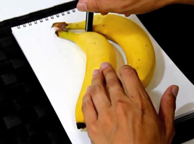 obvodim-banani-po-konturu Как нарисовать 3д (3d) рисунок на бумаге карандашом