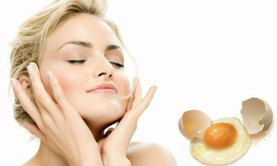 Яичная маска освежает любую кожу