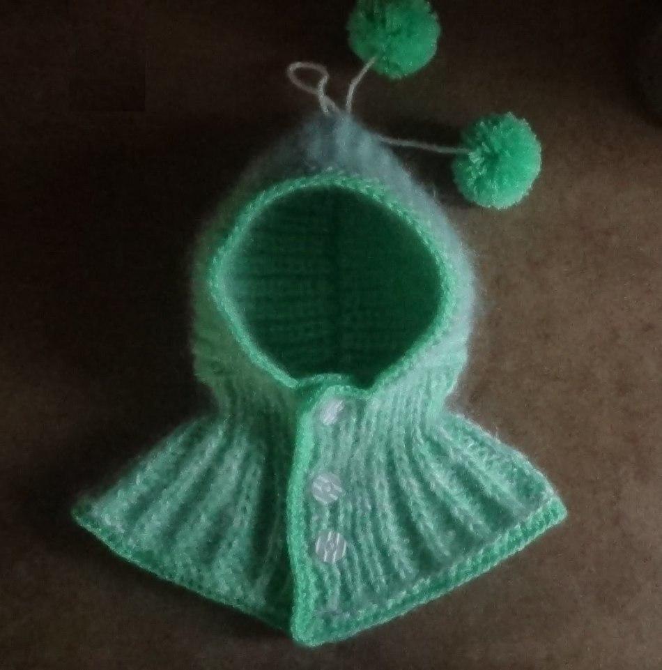 Яркий капюшон-шапка для девочки